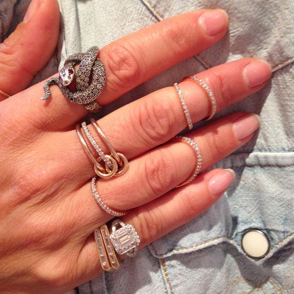 Karine's-hand